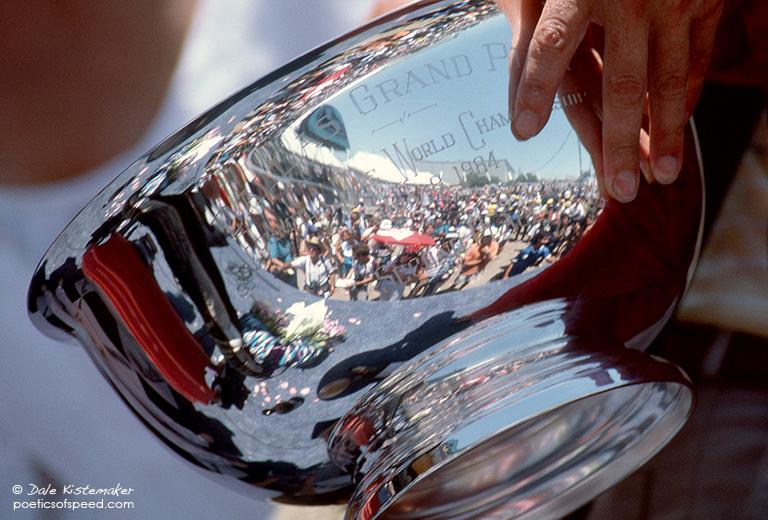 trophycup1.sign