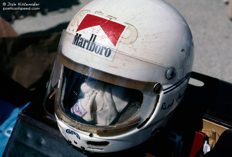 arnoux.helmet.bala.LBGP83.sign