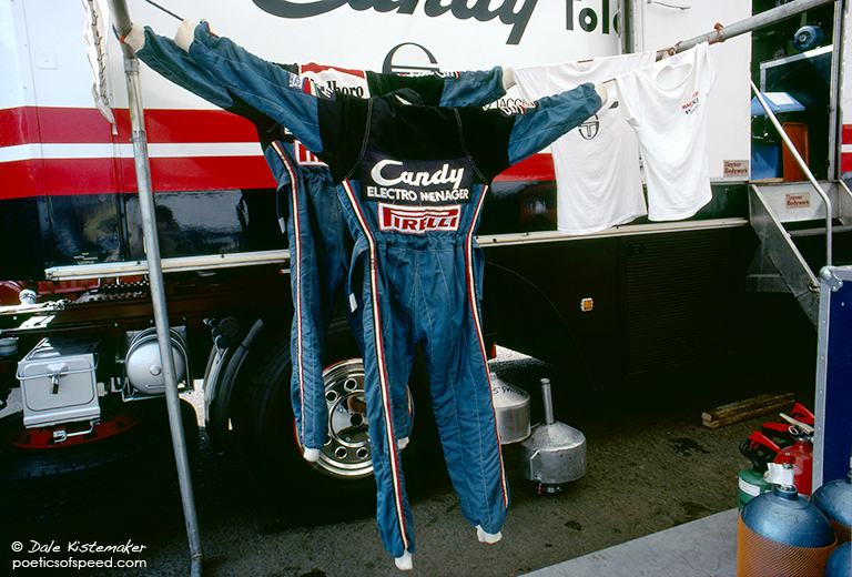 Drying.uniforms.Toleman.silv83.sign