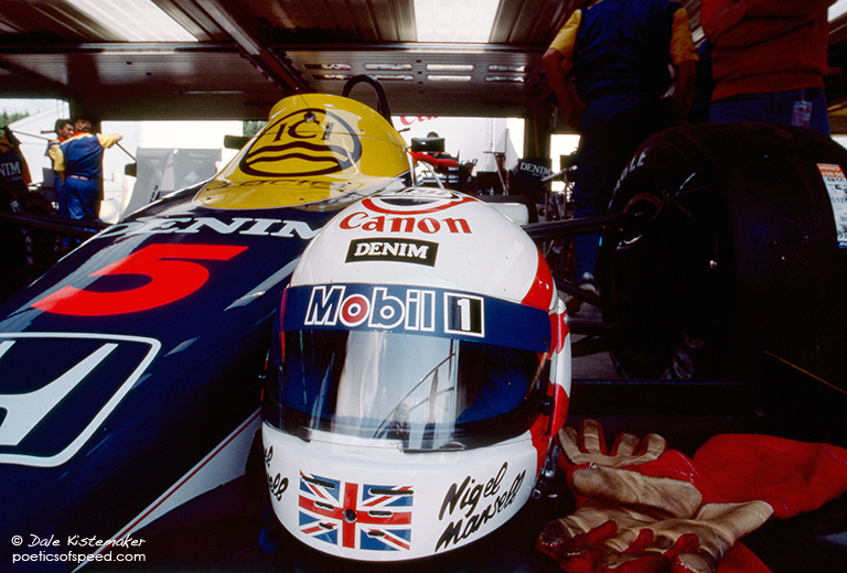 mansell.helm.gloves.spa85.sign
