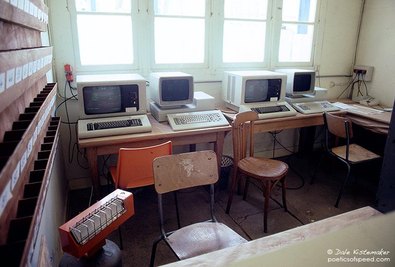 computers.lemans.85.sign