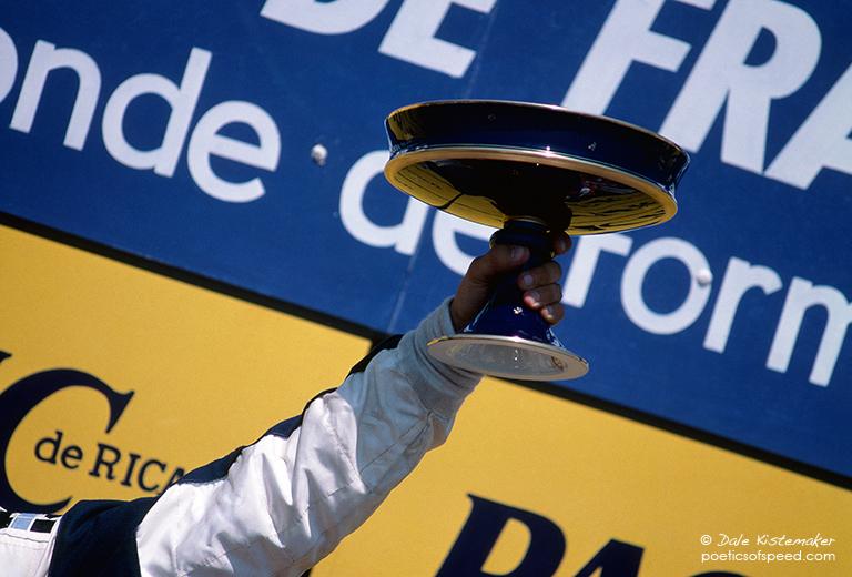 trophy.france85.sign